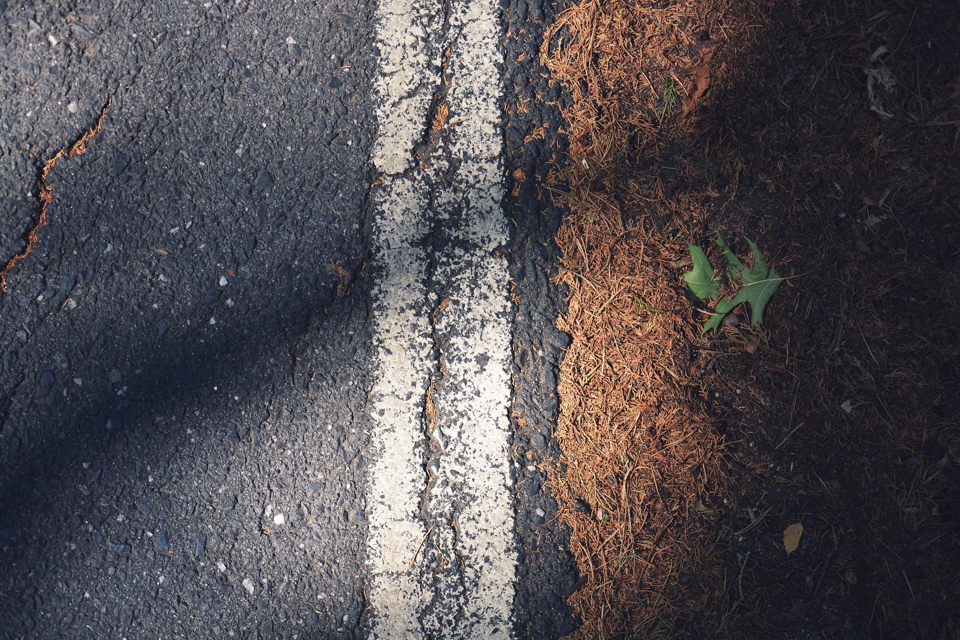 roadway-1149364_1920